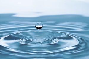 DECHLORINATION OF WATER